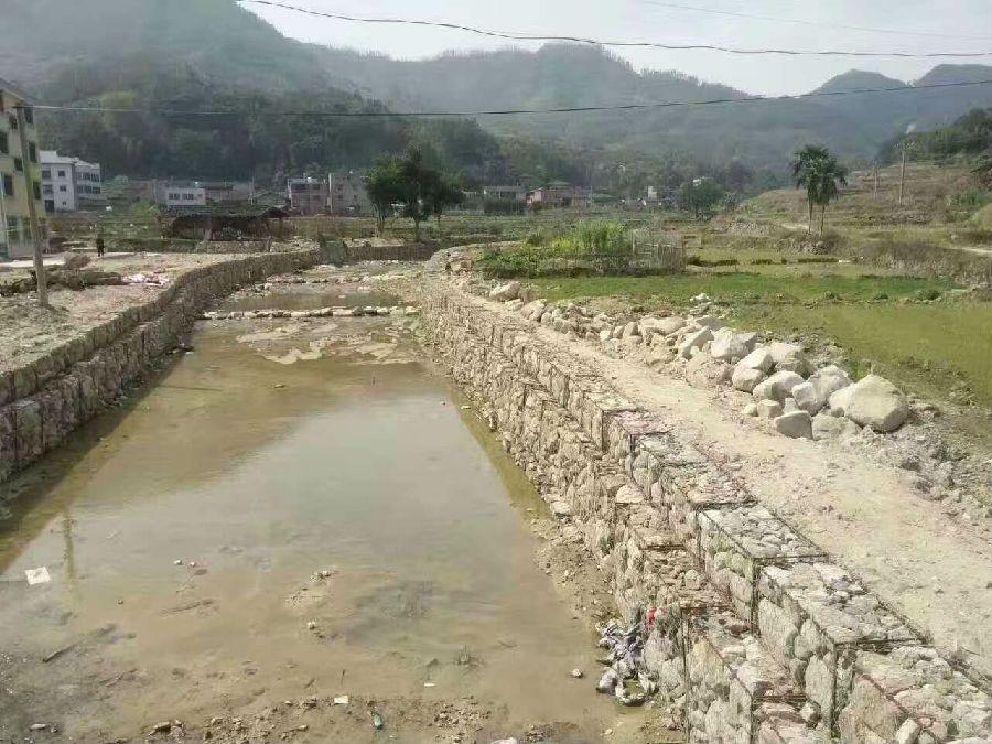 铅丝石笼河道防渗